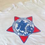 футболка с логотипом