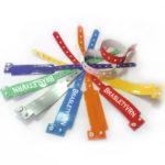 виниловые браслеты, пластиковые браслеты